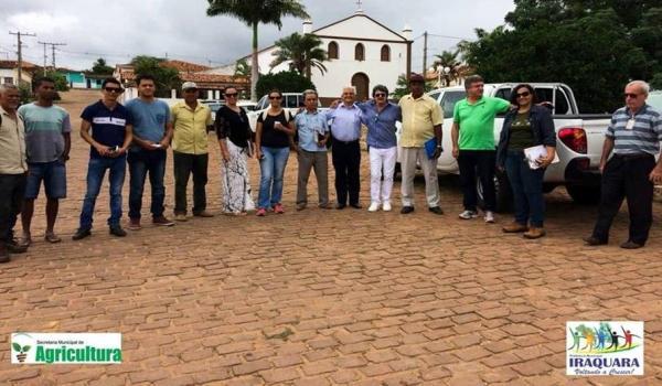 SECRETÁRIO DE AGRICULTURA, TURISMO E MEIO AMBIENTE REÚNE COM REPRESENTANTES DO INEMA EM PARNAÍBA.